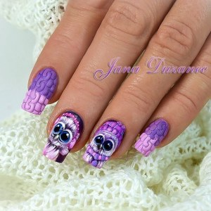 Beautiful blue manicure with owls - Winter nail design idea