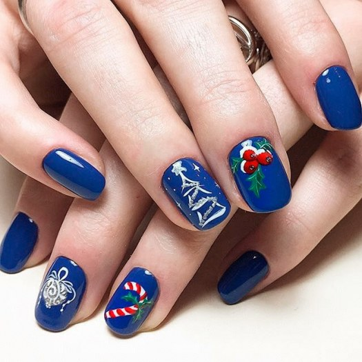Blue Christmas nail design