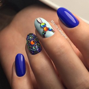 Caviar beads manicure nail design idea