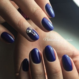 Cool blue manicure nail art idea with rhinestones