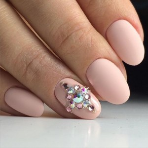 Cool pink manicure nail design idea with rhinestones