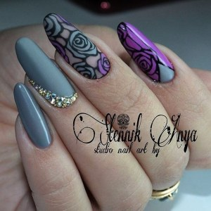Creative nail design with roses