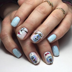 creative winter manicure idea