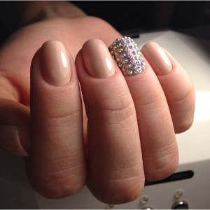 Nude Nail Art with rhinestones