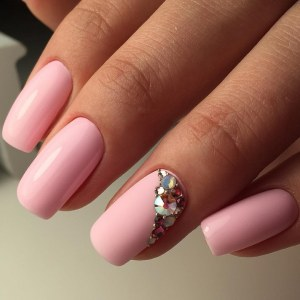 Cool nail design idea - simple pink manicure with crystals and microbeads